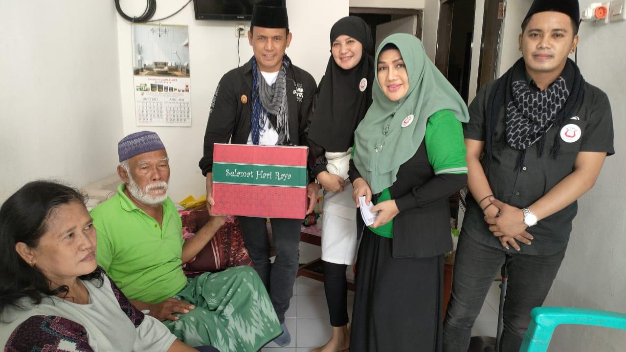 Puri Rahayu dan PAMMI Jatim Kunjungi Seniman Senior Hari Dian dan Gofar.
